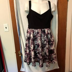 Hot topic dress black top patterned bottom s S